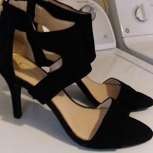 Jessica Simpson bl shoes size 9 1/2